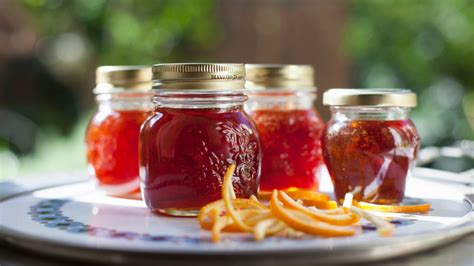 What Is the Difference Between Jelly, Jam and Preserves