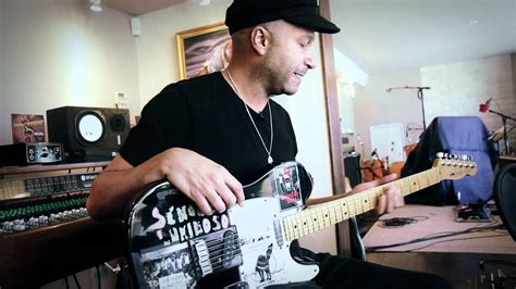 Tom Morello Guitars & Home Studio - YouTube