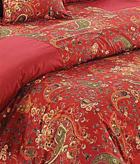 Swayam Red Paisley Print Comforter - Buy Swayam Red